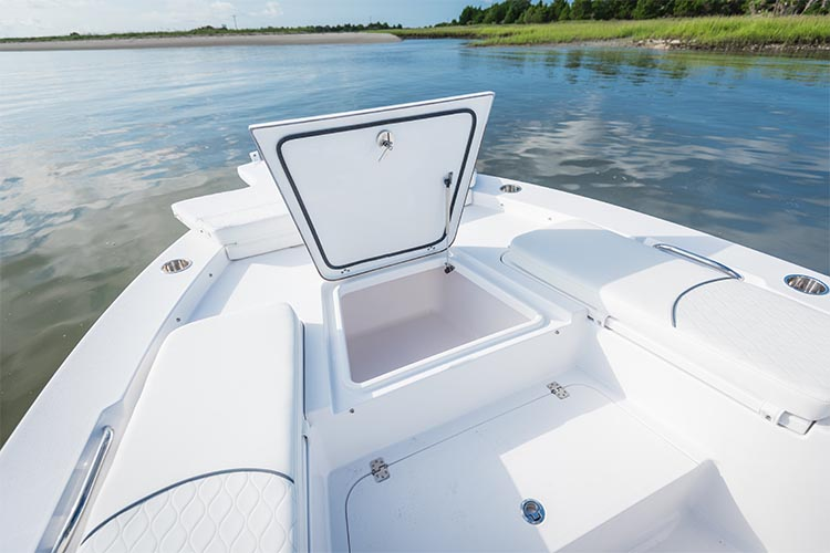 Masters 247 bay boat sportsman boats for Fish box for boat