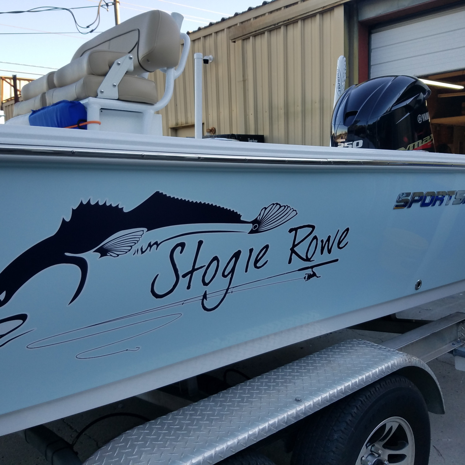 Title: The Stogie Rowe - On board their Sportsman Masters 247 Bay Boat - Location: Charleston SC. Participating in the Photo Contest #SportsmanNovember2017